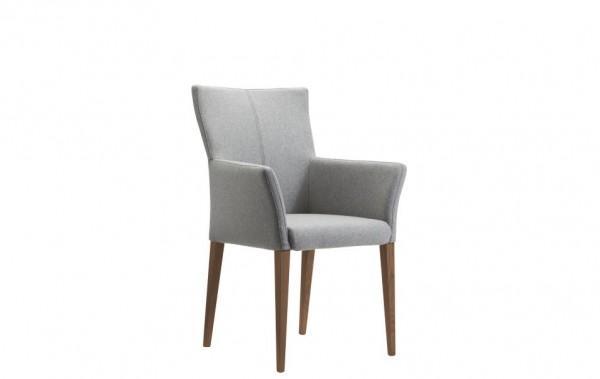 Stuhl mit Armlehnen hellgrau Stoff mit Nußbaumfüßen